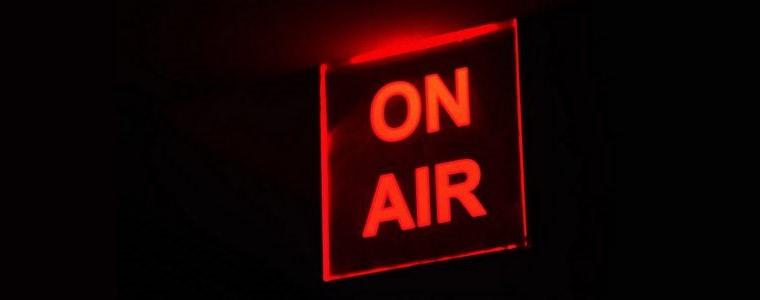 Ecrire une chronique pour la presse écrite, la radio et la télévision